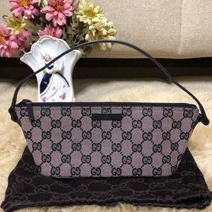 Auth Gucci Pouch ( Pouch Only )